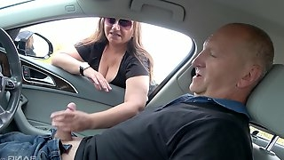 Rich old dude gives money to amateur Kristyna Michunkova for sex