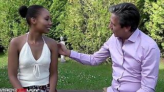 Cheating Ebony Shade Rose hardcore fuck with sex therapist