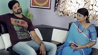 Telugu aunty sashi sizzling navel flash